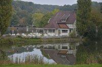 Domek nad jeziorem